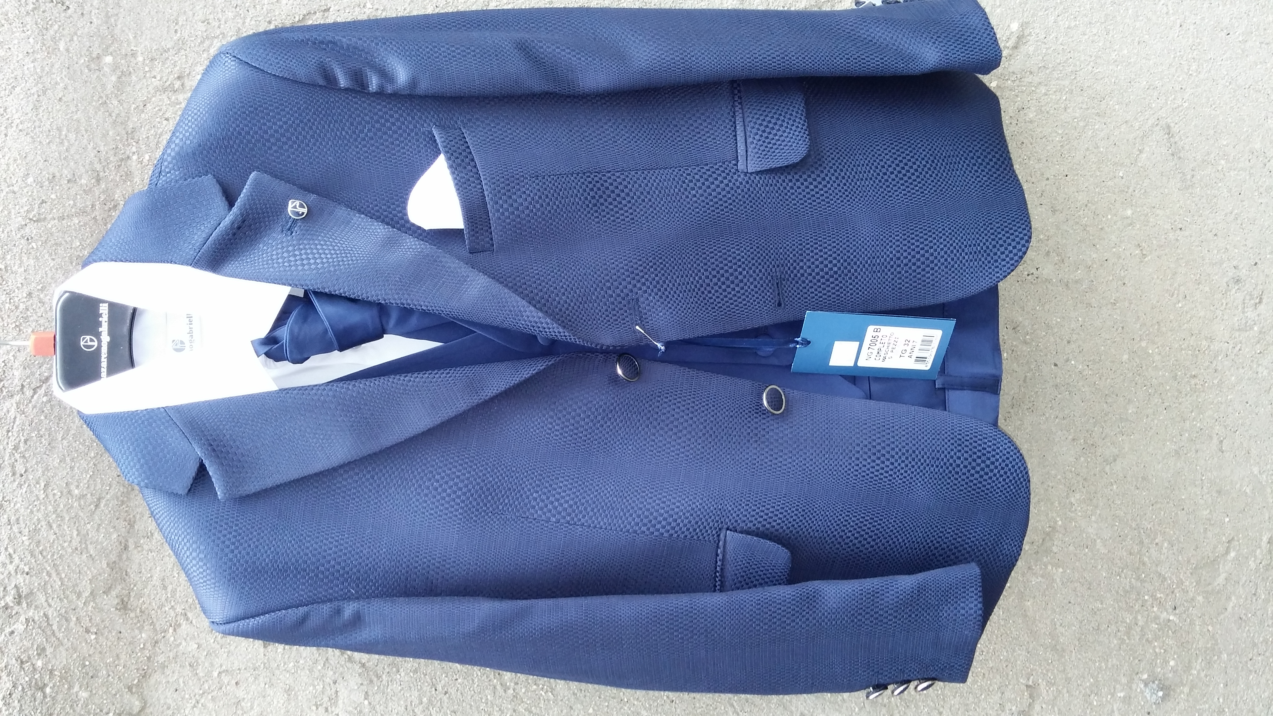 Boys Suits Super 120 from Italy